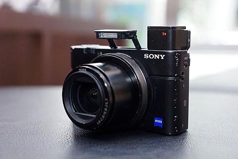 DSC-RX100-cpn03.jpg
