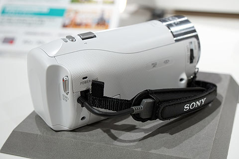 HDR-CX470-13.jpg